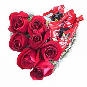 coracao de rosas e bombons
